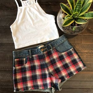 FOREVER 21 DENIM SHORTS W/ PLAID